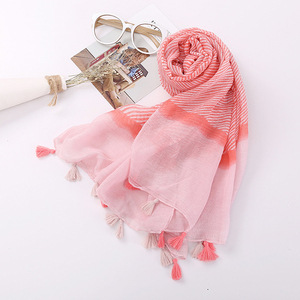 Latest Spring Europe Fashion Malaysia Dubai Hijab Women Ladies Stripe Printed Voile Scarf