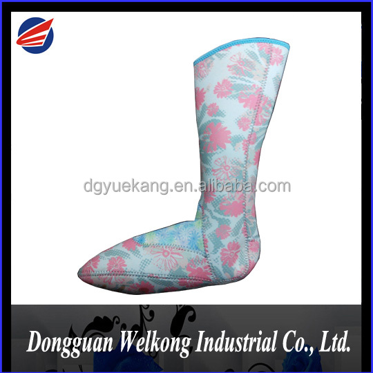 Printed Waterproof Neoprene Socks, Non Slip Sole Stockings
