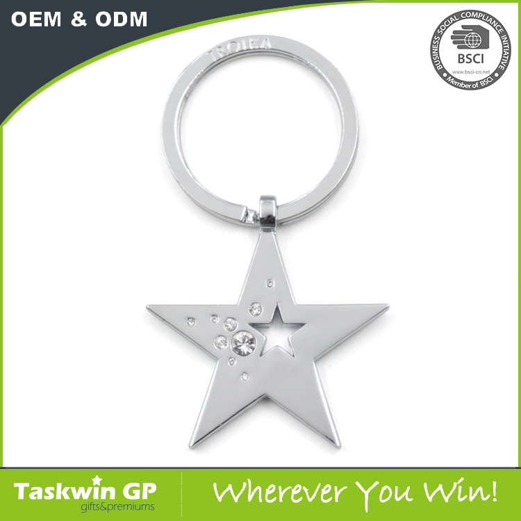 Cut out design star shaped metal keychains with crystal