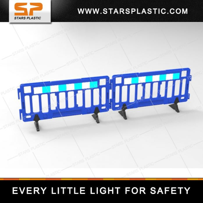 2 Meter Road Safety Heavy Base HDPE retractable fence / retractable barrier