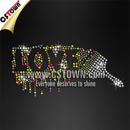 Hot fix motif letters love colored rhinestud design for t shirt