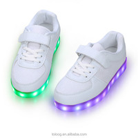 LED Light Up Sport Shoes Luminous Flashing Glow Sneakers For Kids Dance