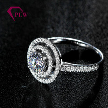 2017 New fashion 18K gold Moissanite rings for buyers