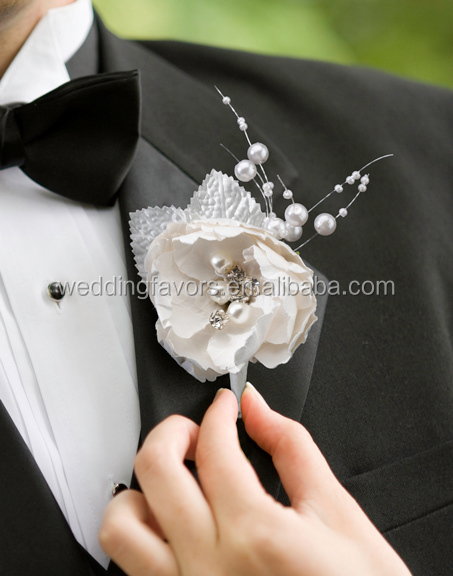 Chic & Shabby Boutonniere