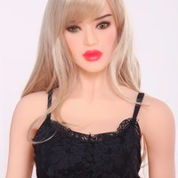 The United States Mature woman 165CM Model figure petite chest sex doll