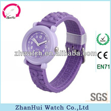 Delicate desgin classic style dustproof purple silicone pattern strap play watches for kids