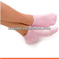 Clear up heel crack,get beautiful foot,gel socks with rose odor and lavender odor