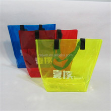 Customized experienced multi-color waterproof pvc beach plastic hand bag