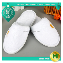Coral Velvet Hotel Slippers / Factory Promotion Customized Logo Slippers / White Disposable Coral Fleece Slippers for Women