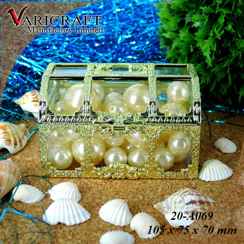 100% Food grade Clear plastic Large candy box with frame in gold toy treasure chest lock thrift store