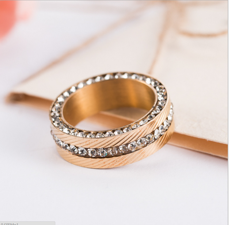 European and American popular 316 stainless steel ring jewelry titanium diamond gold plated steel ring for couple Moonso AR4688