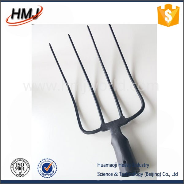 Lady use short handle garden tools carbon steel fork