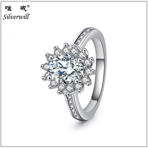 Sparkling 925 silver jewelry big oval zircon main stone gemstone ring Trendy Engagement Jewelry