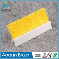 Factory direct selling solid fall prevention sidewalk escalator hair brush