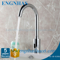 Brass deck mounted automatic sensor faucet for home and hotel bathroom