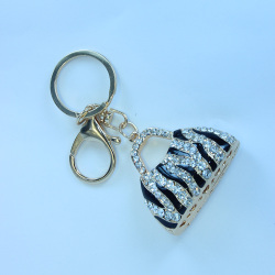 Zinc alloy crystal metal bags key chain new york keychain wholesale