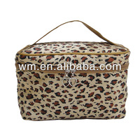 fashion hot satin cosmetic bag with logo printing for traveling