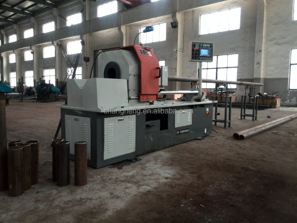 Carbon steel tube making machine with high speed rotary cutting tool
