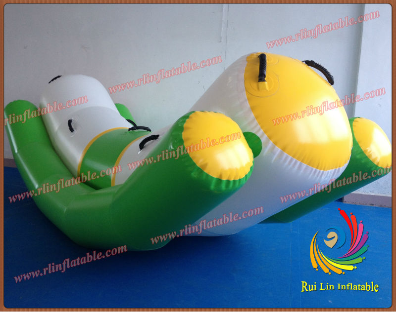 RuiLin Factory: 2013 Inflatable Game Toy for Water Park