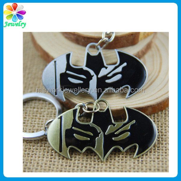 Bat Batman shaped keychain Metal Helmet Antique and Brass Finish keychain distributors