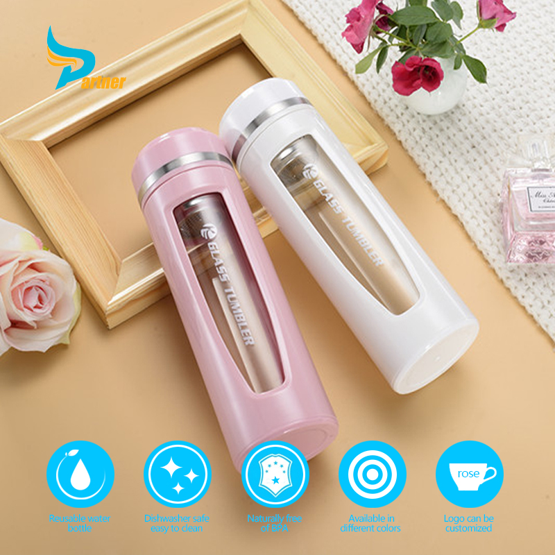 Wholesales Luxury Tea Infuser 400 ml/14 Oz Color Drinking Glass Water Bottle with Plastic Protective Sleeve