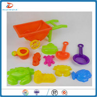 Wholesale outdoor plastic toy for summer beach toy