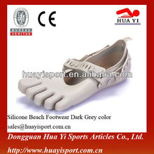 2013 Professional new style silicone custom sea shoes