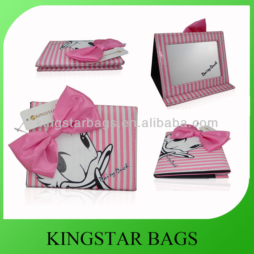 Daisy Duck folding & standing brand cosmetic mirror