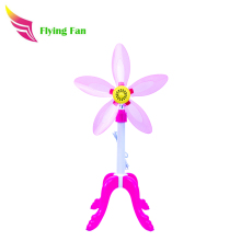 New fashionable portable floor stand fan 220v with plastic blades