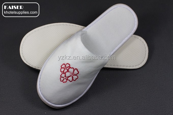 hotsale towel terry slippers for wholesaler embrodery customized slippers for hotel