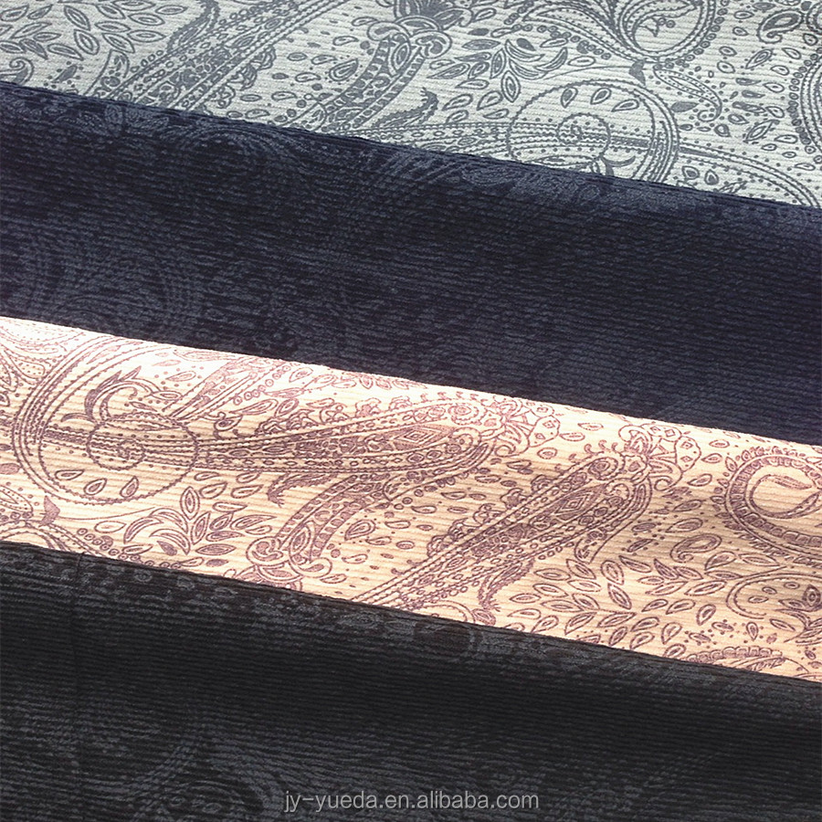 Classic Pattern Embossed 98% Cotton 2% Elastane Corduroy Fabric Wholesale 18Wales