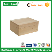 Rustic wood box for packaging or gifts packaging box