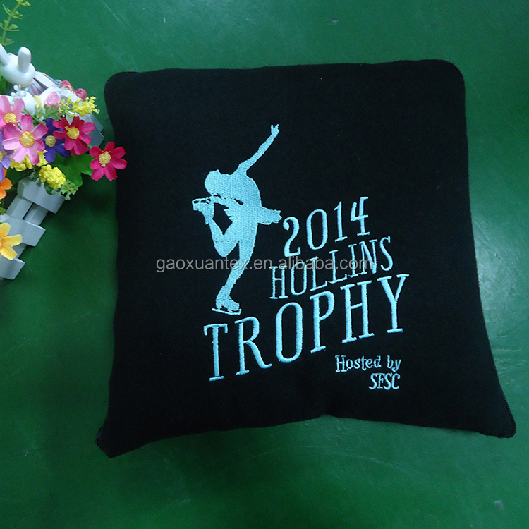 black color easy fold polar fleece embroideried with brand logo zip up blanket