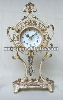 Metal craft table clock