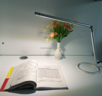 2016 latest Aluminum simple design LED desk lamp with touch switch