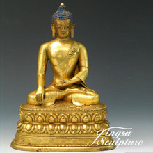 Delicately casted bronze buddha