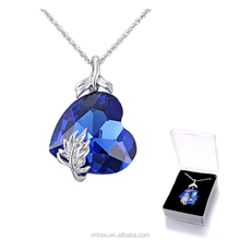 Fashionable Austrian love crystal necklace engraved wings charm pendant necklace with necklace box for girlfriend gift