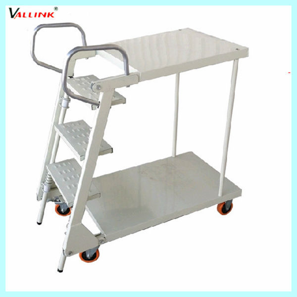 3 tread 4 wheels moving foldable ladder