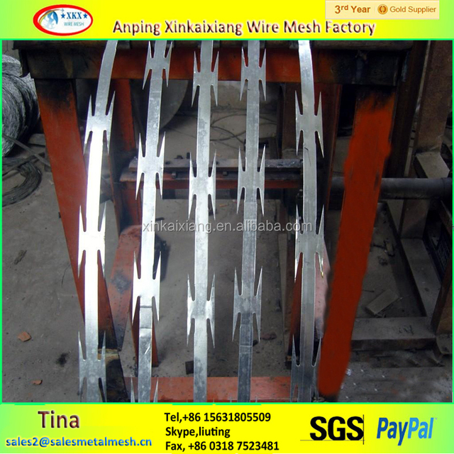 BTO -18 concertina wire, cheap razor barb wire, galvanized military barbed wire