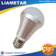 Hot 2 Year Warranty SMD E27 700lm LED Bulb Light new products for 2013