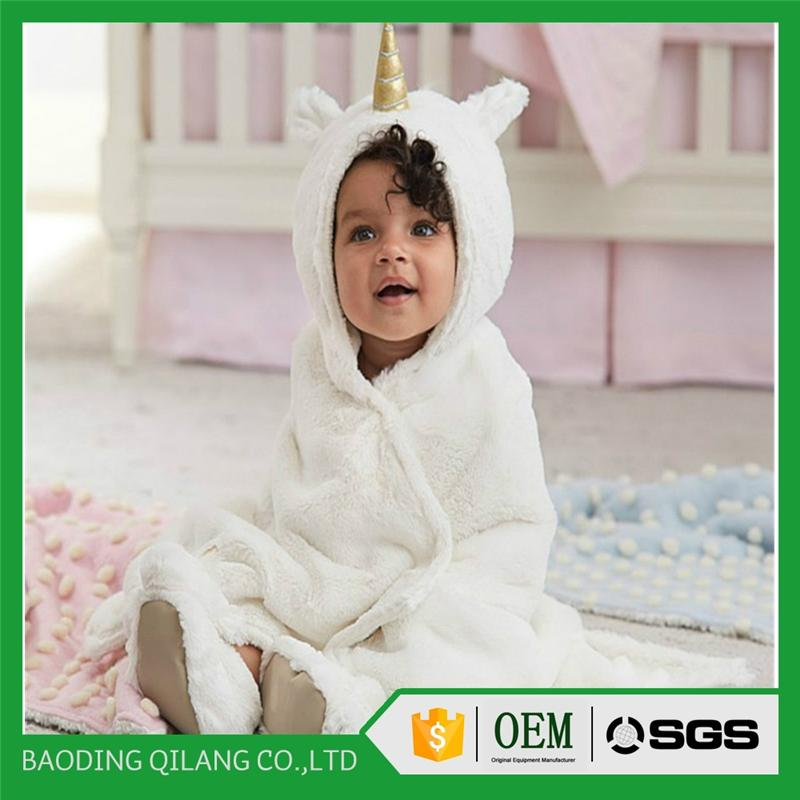 Comfortable Baby Hooded Bath Towel With Bamboo Organic Cotton