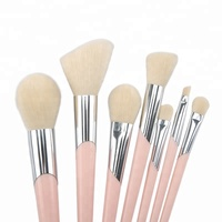 Wholesale new design 7pcs foot shape makeup brush cosmetic make up brush set for women travel