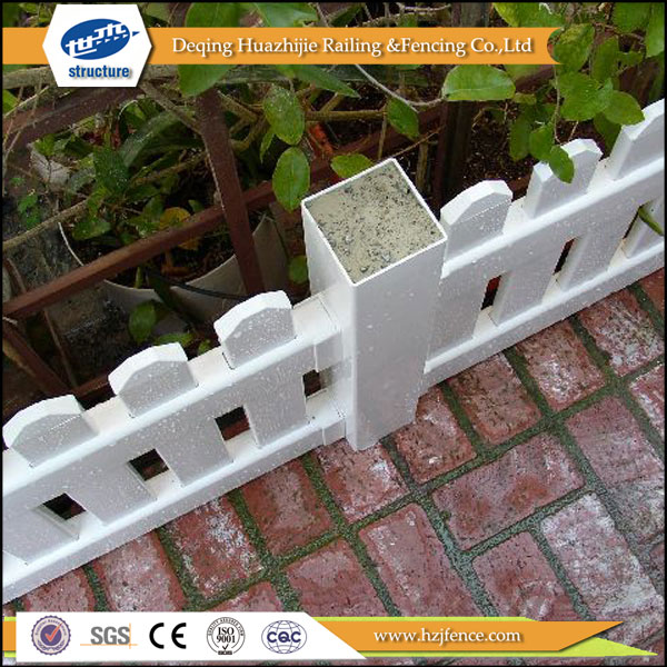 2017 hot new designs Plastic solid plastic fence posts