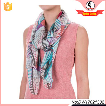 Rio Graphic Scarf with Pink