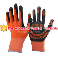 NMSAFETY foam nitrile with dots on palm anti slip picking pineapple gloves