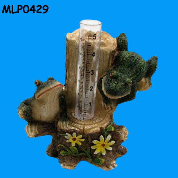 Frogs on Tree Stump Resin Garden Decor Animal Rain Gauge