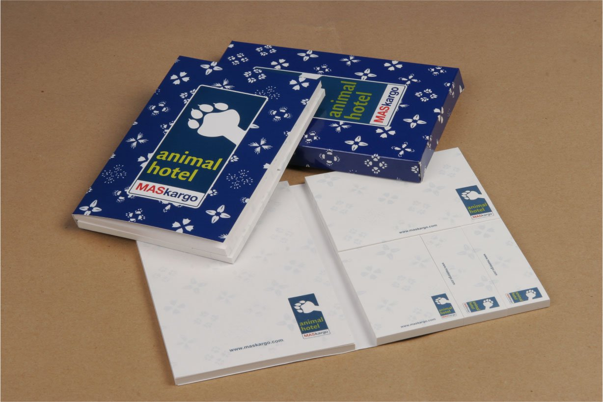 Sticky Memo Pad & Gift Box