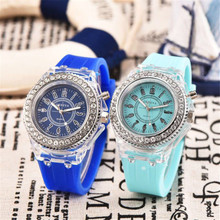 Wholesale promotional fashion watches ladies, lady silicone pocket watch
