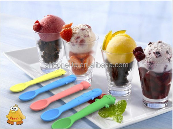 Lovely Animal Shaped Flexible Silicone Baby Spoon
