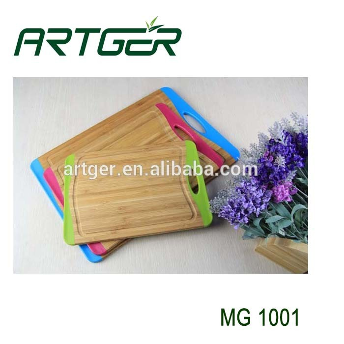 2015 hot sale bamboo vegetable cutting board with TPR edge